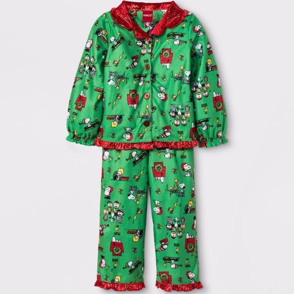 Peanuts Toddler Girls 2pc Pajama Set Green Red. NWT 111f3e98b